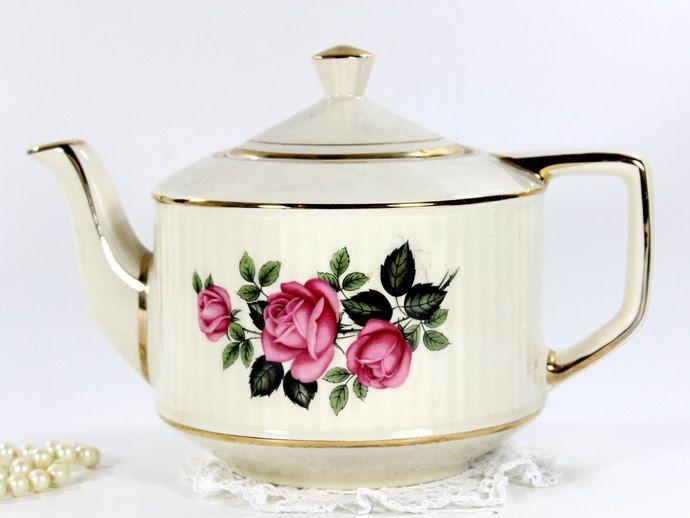 Large Sadler Teapot, Deep Pink Roses on Ivory