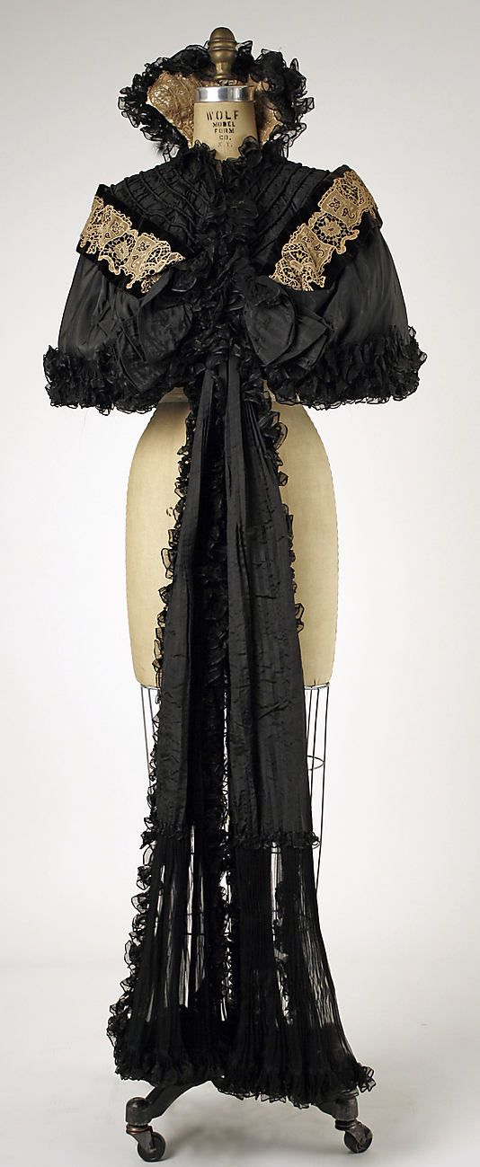 Cape, House of Worth 1896, French, Made of silk and linen