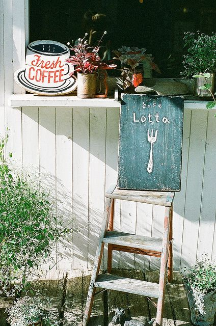 little coffee house