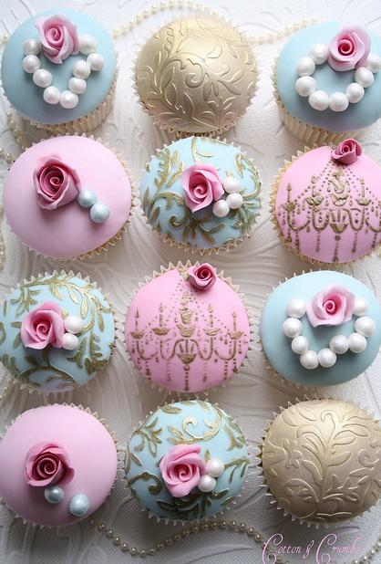 Romantic wedding cupcakes.