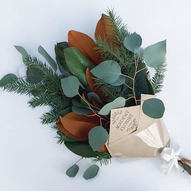 We have kind of a different #academypopupbox for your weekend! ALL greenery  Magnolia, Fir & Silver Dollar Eucalyptus. Super long lasting & fragrant, all greenery bouquets are some of our favourites! Long live simplicity
