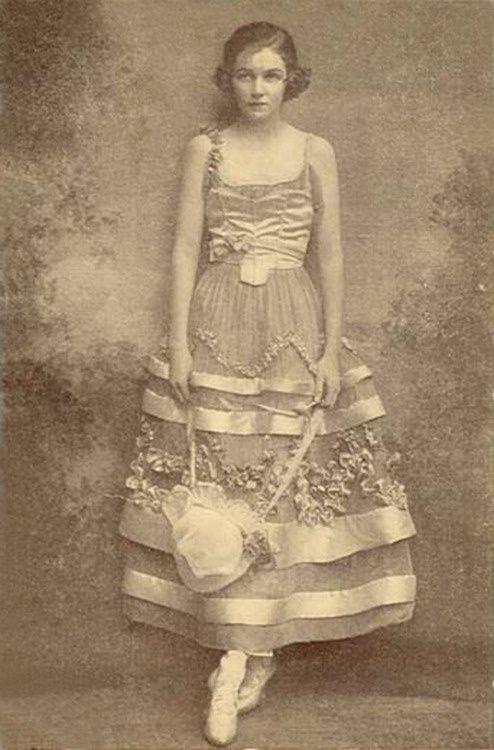 ❥ 1914 – Irene Castle~ what a dress!