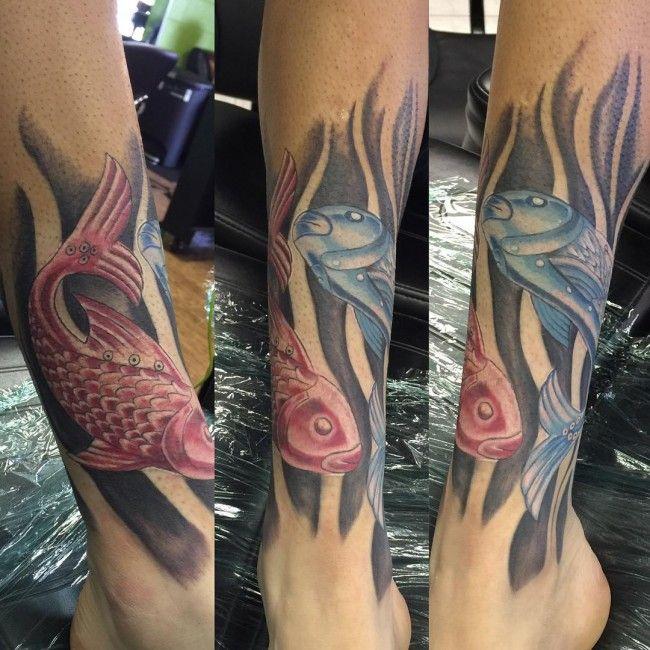 Idée de tatouage poisson sur la jambe