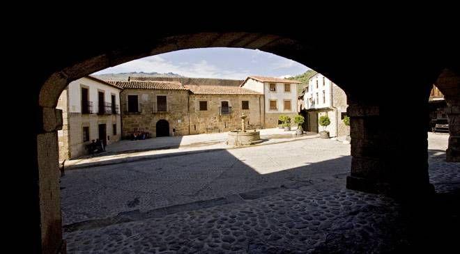 Square of San Martin de Trevejo