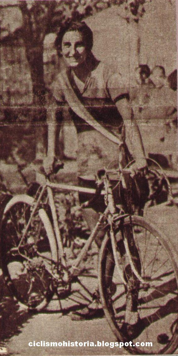 Elvira Masiá. HISTORIA DEL CICLISMO: Inicios del ciclismo femenino en España