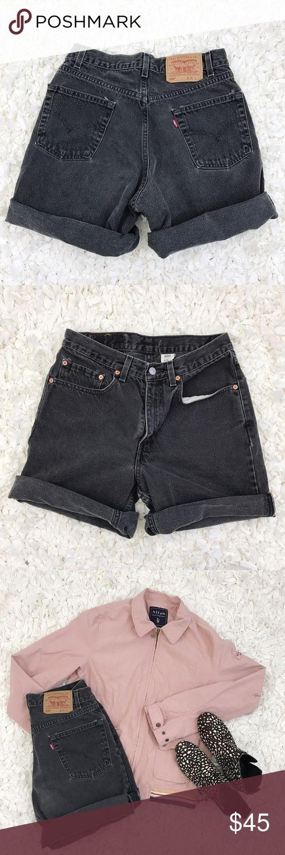 """Vintage Levi's 550 Black Denim Shorts Vintage Levi's 550 Black Denim Shorts. Laid flat waist measurement is 14"""". Which would fit size 28 waist. Levi's Shorts Jean Shorts"""