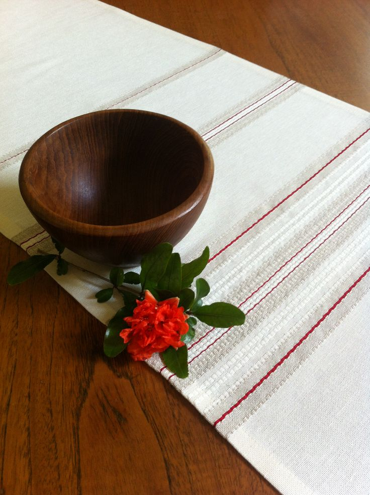 PIROSKA's Horinzont collection. Simple, adaptable elegance. Hungarian linen at its most beautiful.  http://piroska.myshopify.com/collections/textiles/products/horizont-the-beauty-of-hand-woven-linen-adaptable-to-any-room-table-runner