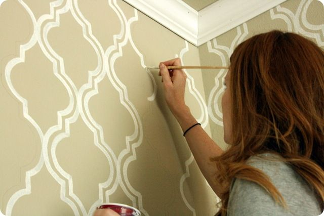painted wallpaperIdeas, Painting Wallpapers, Wall Pattern, Dining Room, Moroccan Stencil, Living Room, Stencils Wall, Wall Stencils, Accent Wall