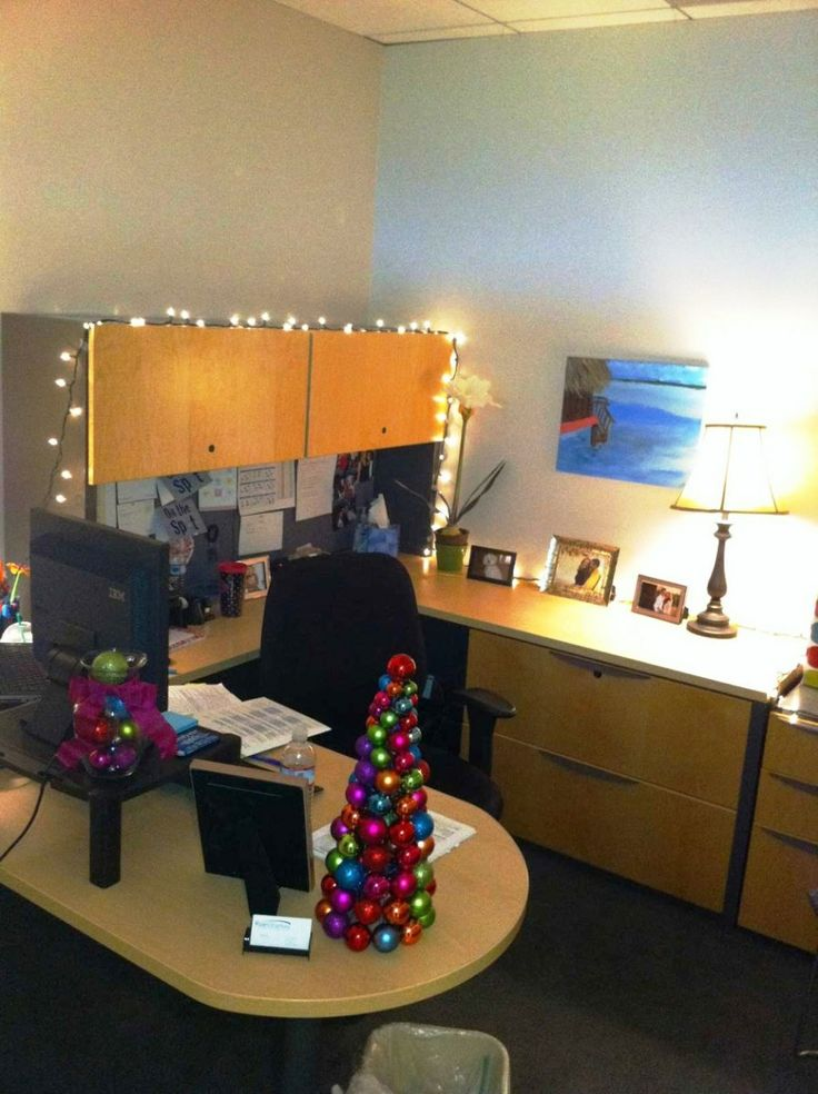 Christmas Decorations for Office 31 best Christmas