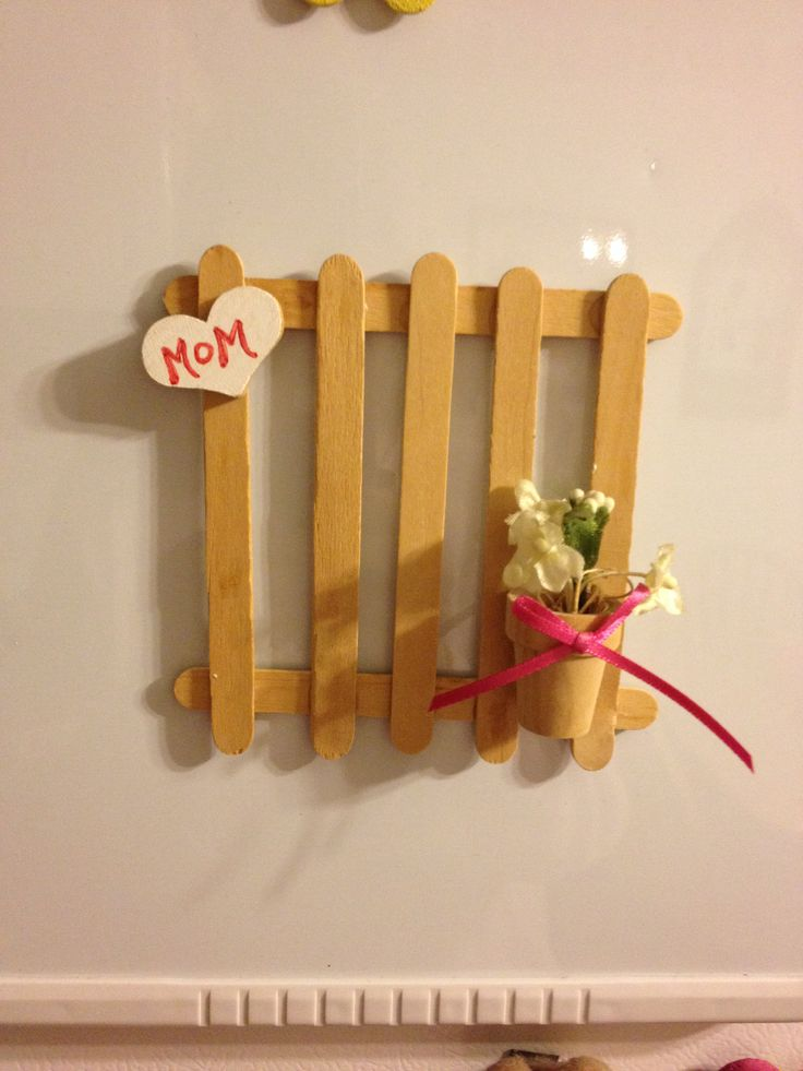 Picket Fence From Popsicle Sticks Popsicle Stick Crafts Popsicle Sticks Popsicles