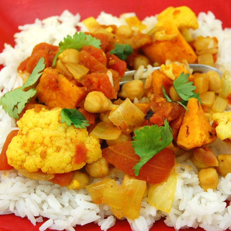 Vegetable Curry For A Crowd Recipe: Simple Vegetable Curry Recipe