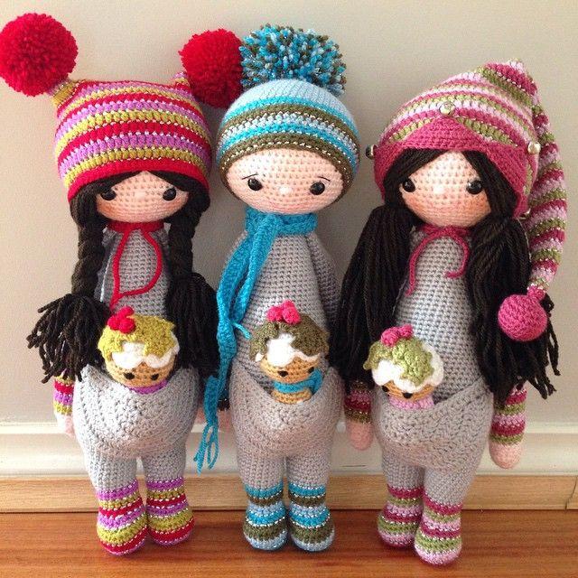 All ready for their new home...I'll be sad to see these go #crochet #crochetdoll #amigurumi #doll #lalylala #handmade #madebyme #custom #softie #softtoy #nofilter #stylecraftyarn