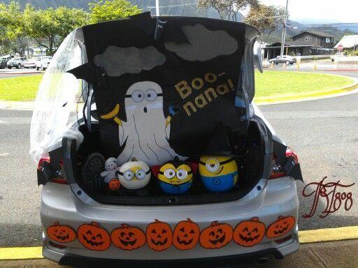 trunk or treat minion style halloween fun