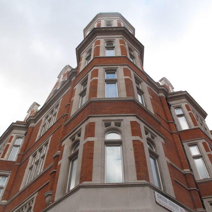 Various repairs undertaken to this #redbrick #facade, with #stonedressings