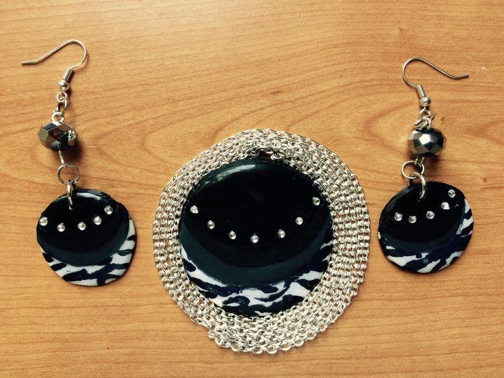 Un preferito personale dal mio negozio Etsy https://www.etsy.com/listing/230241672/combo-black-zebra-earrings-and-necklace