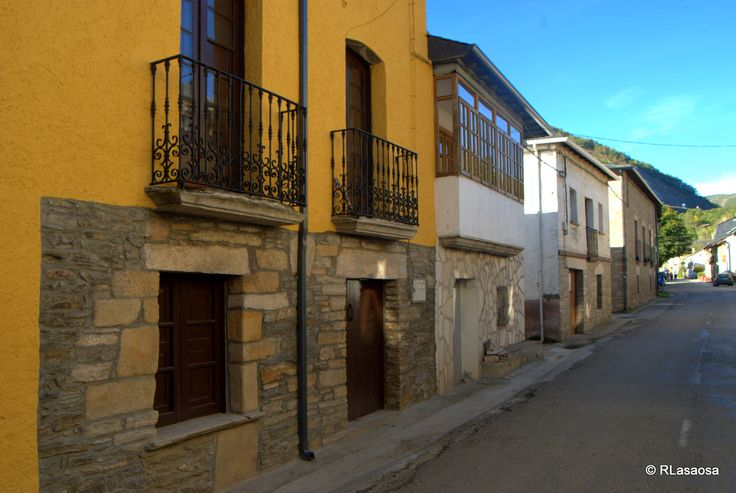 La Portela de Valcarce, León :: Albergues del Camino de Santiago