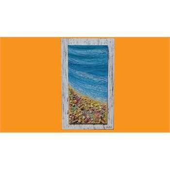 """ULTIMA CREAZIONE. """" Ricordi antichi di mare """"  Impasto materico e conchiglie vere inserite su tela. Applicazione della tecnica antichizzata per la parte del mare. Il pannello è realizzato con la tecnica shabby. Le conchiglie in rilievo contrastano la sfumata decorazione con crepe del mare, dai colori turchini. La base in legno realizzata in stile shabby, permette l'abbinamento con arredi di case di mare."""