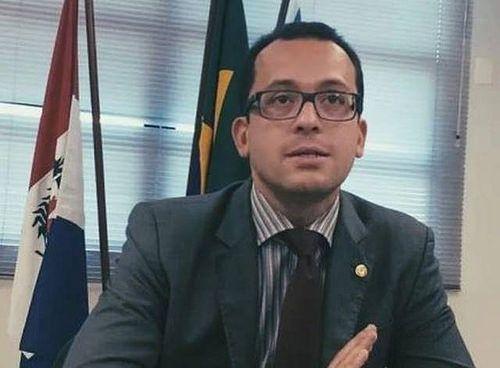 Secretário anuncia plano de segurança permanente para o centro de Fortaleza: ift.tt/2oKkdfc