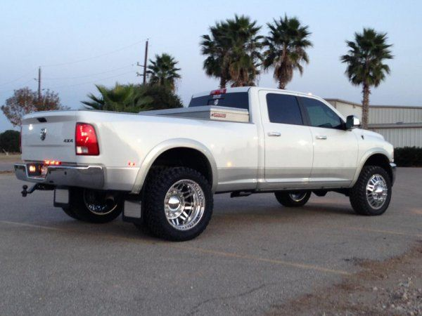 Photo Gallery - Dodge - 2012 DODGE RAM 3500 4X4 CREW CAB DUALLY