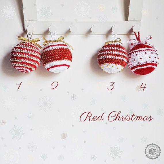 Crochet #Christmas #decor, #baubles, #red christmas