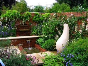 Quick little article on courtyard gardens