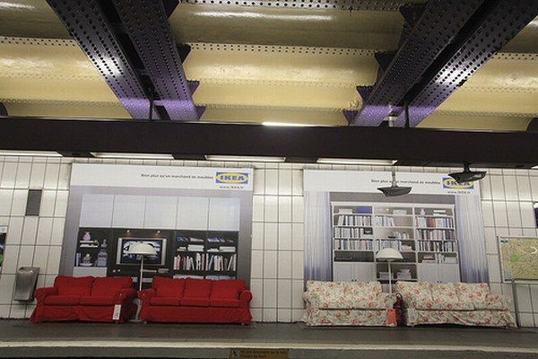 Ikea invades the metro stations