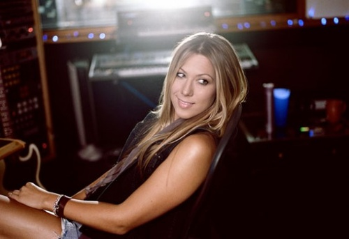 Colbie Caillat...luv her songs and she has super cute style