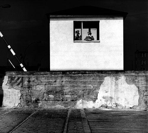 Robert Häusser - Die Berliner Mauer; Mannheim