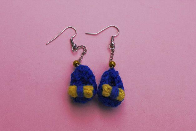 Dangle Earrings – Blue shoe shaped earrings. Crochet – a unique product by…