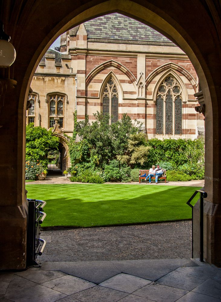 Passage into Balliol College at Oxford, England, UK