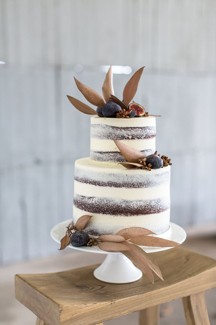 Let them eat cake rustic wedding chic - Wedding Cake With Figs Photo By Wesley Vorster Http Ruffledblog Com