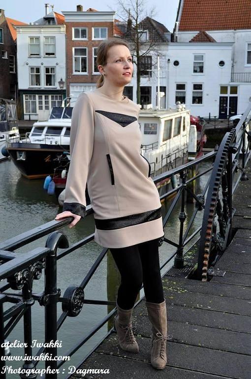 Look 9 Fashion Designer: Iwakki  Model: Iwakki Photographer: Dagmara Nowak Garment Type: Dress beige-black  atelier Iwakki © www.iwakki.com