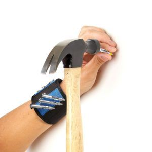 This is unique Christmas gifts for coworkers who love to get on the floor and work with that hammer. Pleasing them with such useful kit this year is now possible. https://www.unusualgifts.in/53-unusual-christmas-gifts-coworkers/ #christmasgiftsideas #chri http://www.giftideascorner.com/gifts-coworkers/