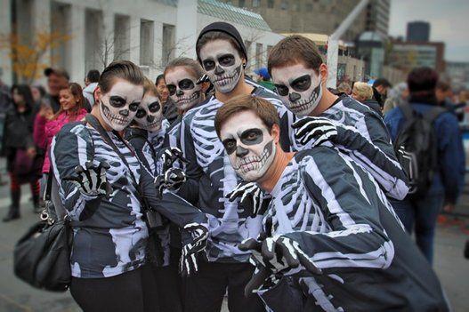 Le skeleton club !! [ La marche des zombies de Montréal 2014 ] #zombiesmtl #montreal #zombie #livingdead #lamarchedeszombiesdemontreal
