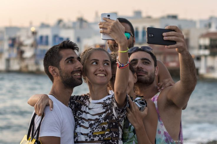 Hotels are doing well by offering great selfie spots: http://skift.com/2014/08/26/hotels-make-taking-a-selfie-an-entire-vacation-experience/