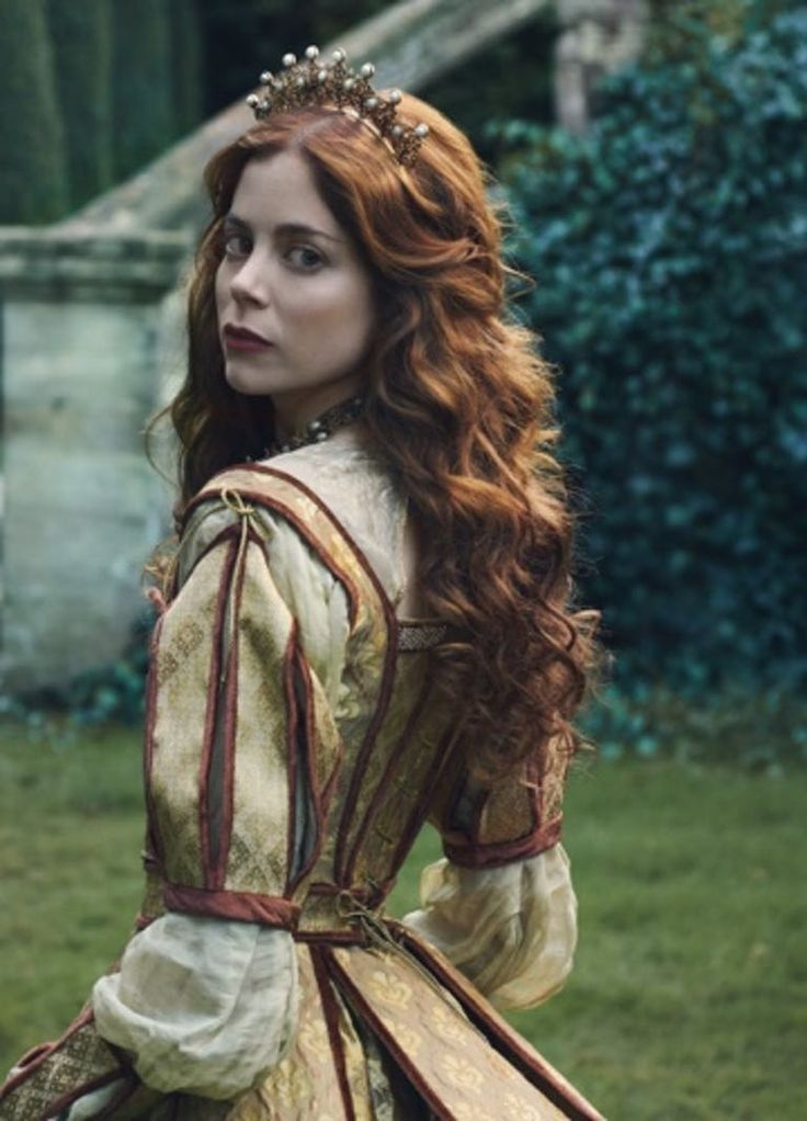 The White Princess, White Queen, Medieval Princess, Catherine Of Aragon, Look Thinner, Princess Aesthetic, Narnia, Costume Design, Pretty People