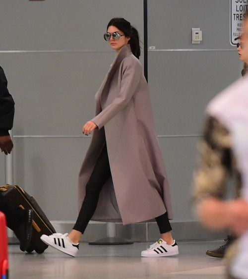 wanna-be-kardashian:  April 25th, 2015 - Kendall arriving at JFK