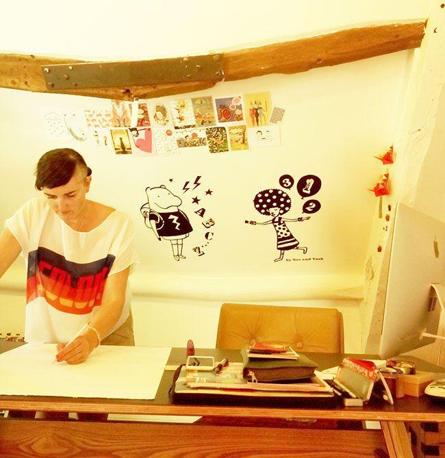 Sasandyosh-wallsticker-Hippo-AfroCat-roomimage-3