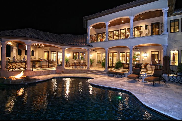 Tuscan Inspired Horseshoe Bay Lakeside Pool by