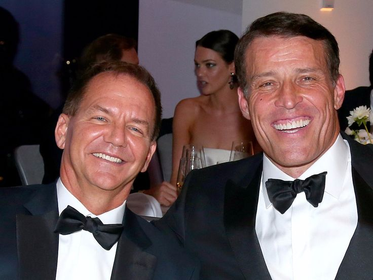 Billionaire investor Paul Tudor Jones pays Tony Robbins over $1 million a year and emails him every day  here's what they talk about