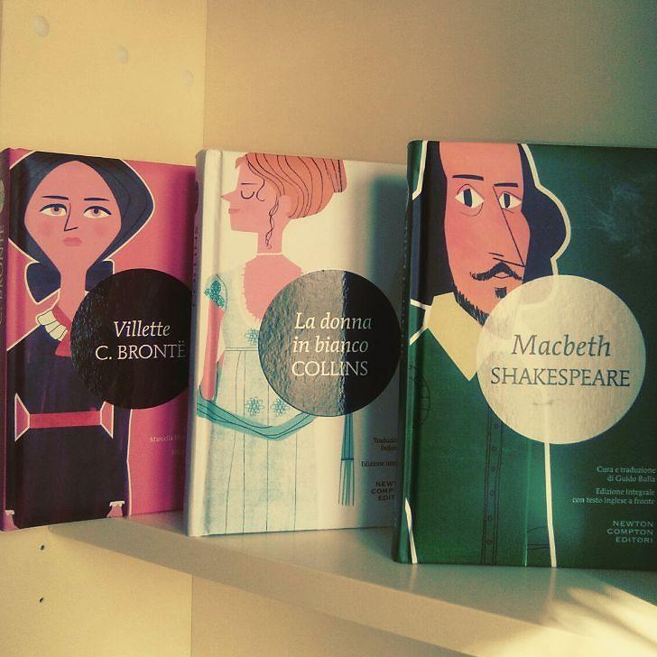 """Buongiorno lettori!!! Rispondiamo al tag #bookishlatestpurchase l'ultimo acquisto libroso grazie a @acupofteandagoodbook che ci ha nominate. Eccoli qui altri tre minimammut: """"Villette"""" di Charlotte Bronte La donna in bianco"""" di Wilkie Collins e """"Macbeth"""" di Shakespeare. Anche a voi piacciono i minimammut?? #libri #minimammut #newtoncomptoneditori #charlottebronte #bronte #Shakespeare #macbeth #collins #classici #libridaleggere #leggere #lettura #book #booksgram #instalibri #instabooks…"""