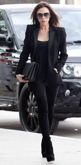Victoria Beckham in all black - I LOVE her style