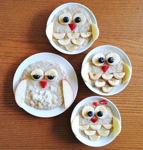 Make an owl with oatmeal and fruit.