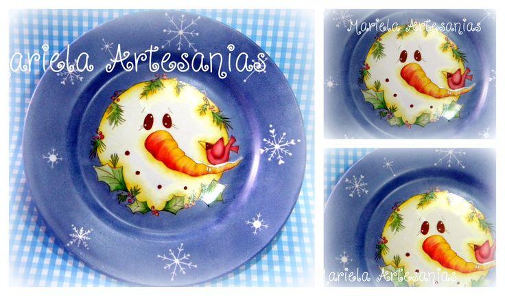 """plato con  diseño """"muñeco de nieve """""""