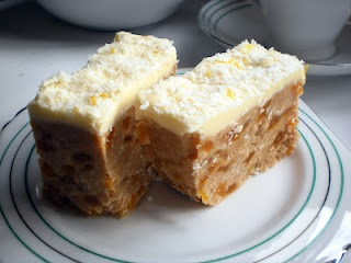 Apricot (fudge) Slice recipe