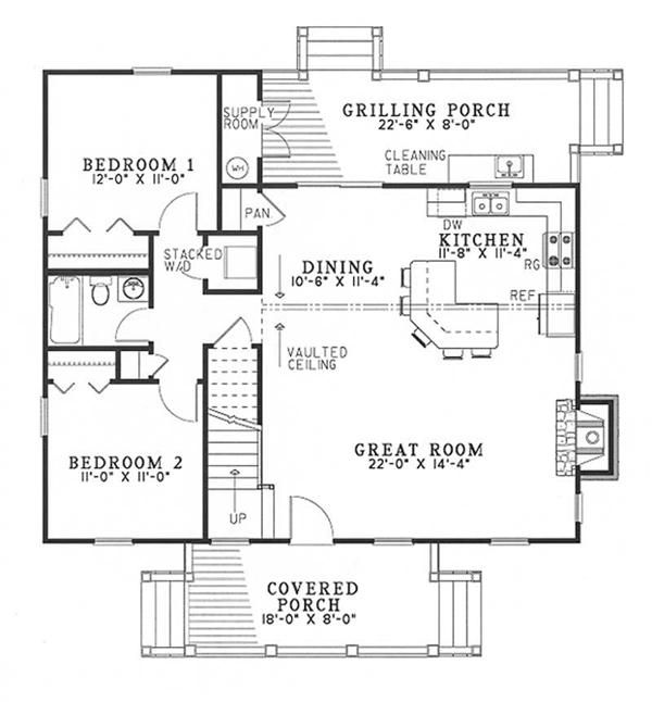 Main floor plan floors 1 1 2 living sq feet 1374 for Half bath floor plans