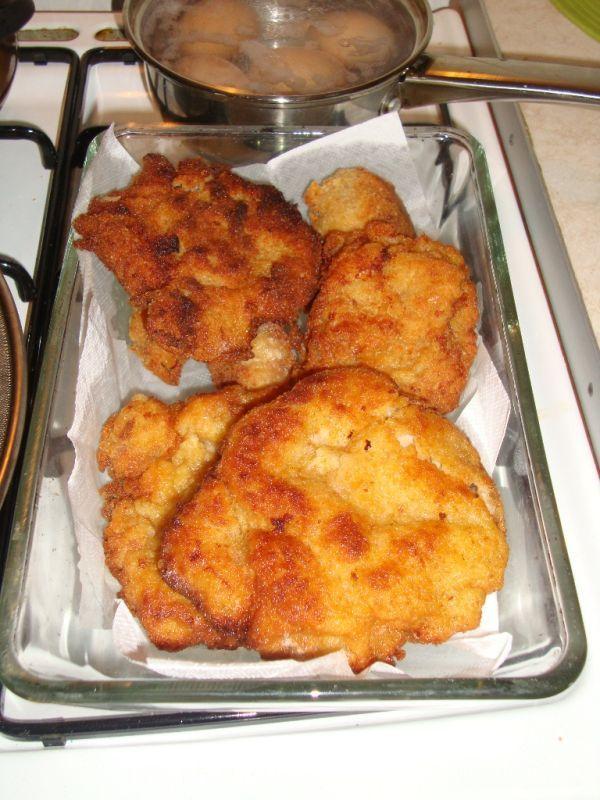 Smotanovo-cesnakové kuracie prsia / bravčové rezne - Recept pre každého kuchára, množstvo receptov pre pečenie a varenie. Recepty pre chutný život. Slovenské jedlá a medzinárodná kuchyňa