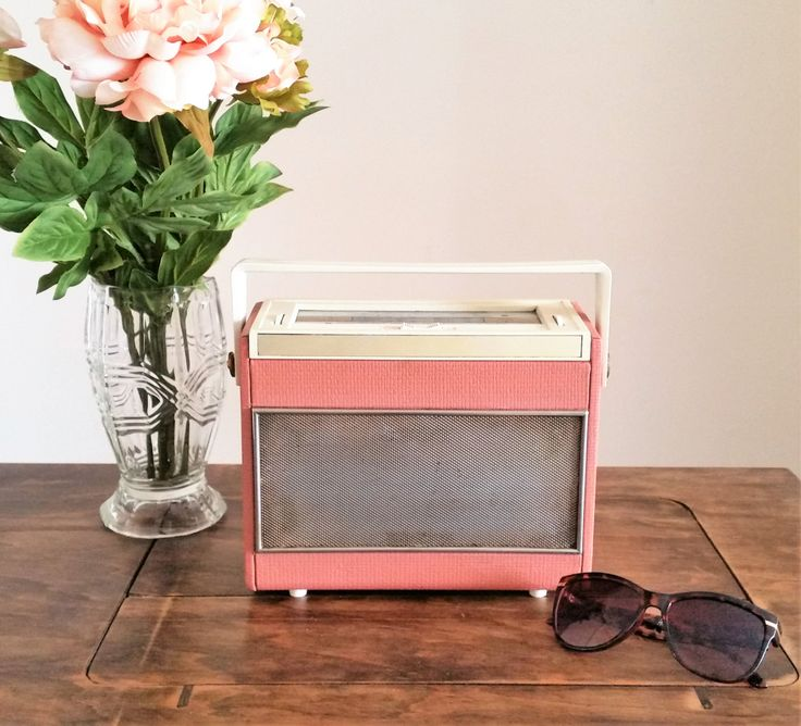 Pink Ferranti Radio, Vintage 1940s 1950s Radio, Small Portable LW MW Retro Home Decor Audio Display Only Mid Century Modern MCM by darcyelizavintage on Etsy