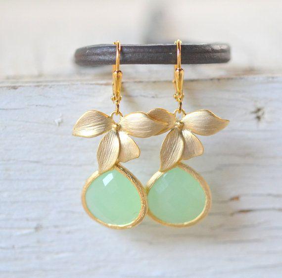 Mint Bridesmaid Earrings by RusticGem. Mint Teardrop Drop Earrings with Gold Orchid.