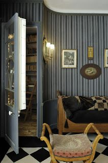 Fabulously French: Secret door....